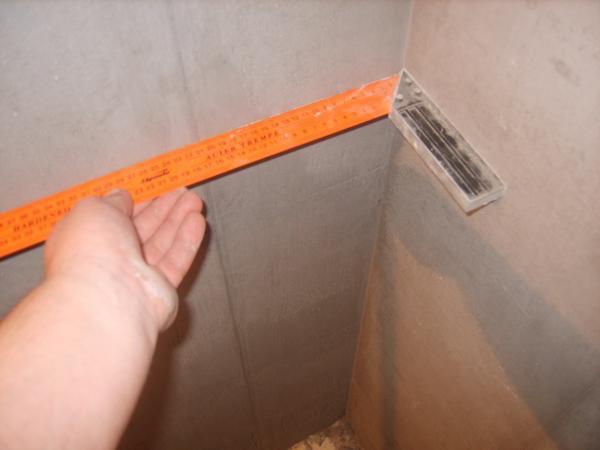 Измерение перекоса стены фото