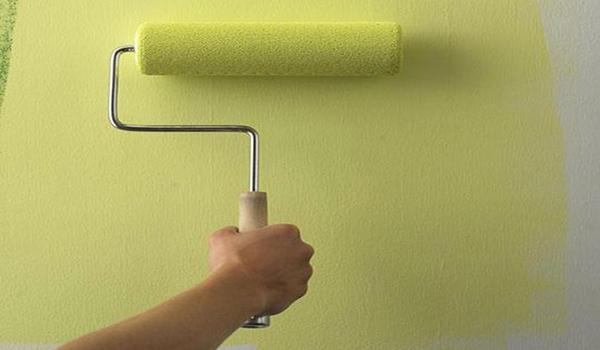 покраска стены в лимонный цвет