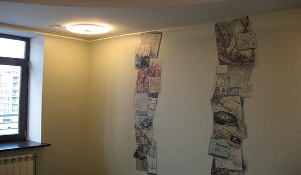 декорирование стен разными обоями