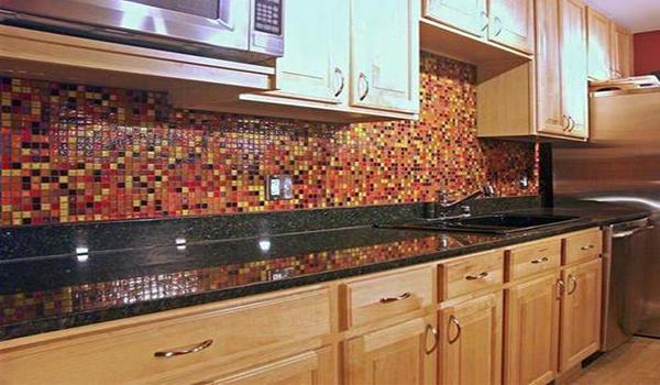 Оформление фартука на кухне плиткой