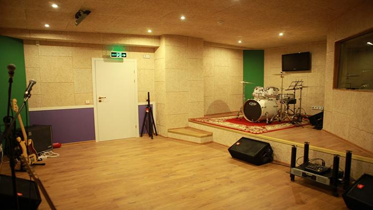 комната с хорошей звукоизоляцией