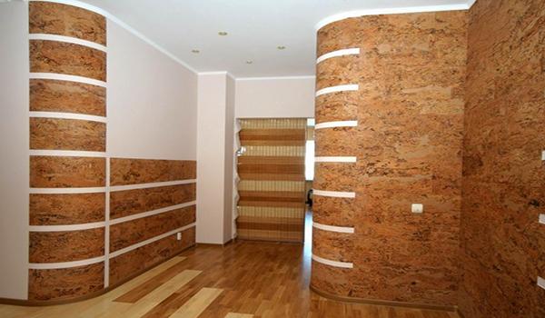 пробковые панели на стенах