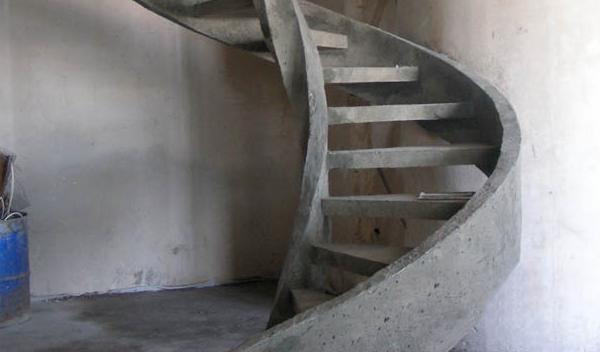 лестничная конструкция из железобетона