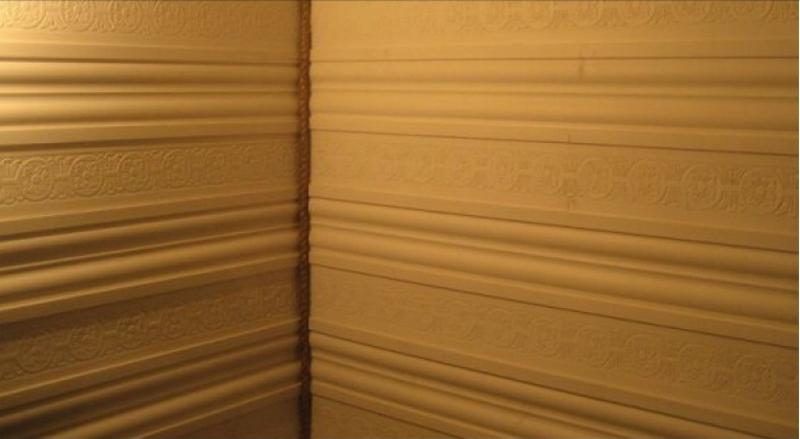 гусварблок на стене