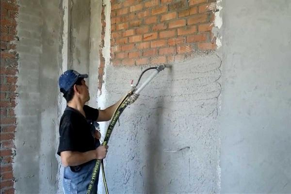 штукатурка стен машинным методом