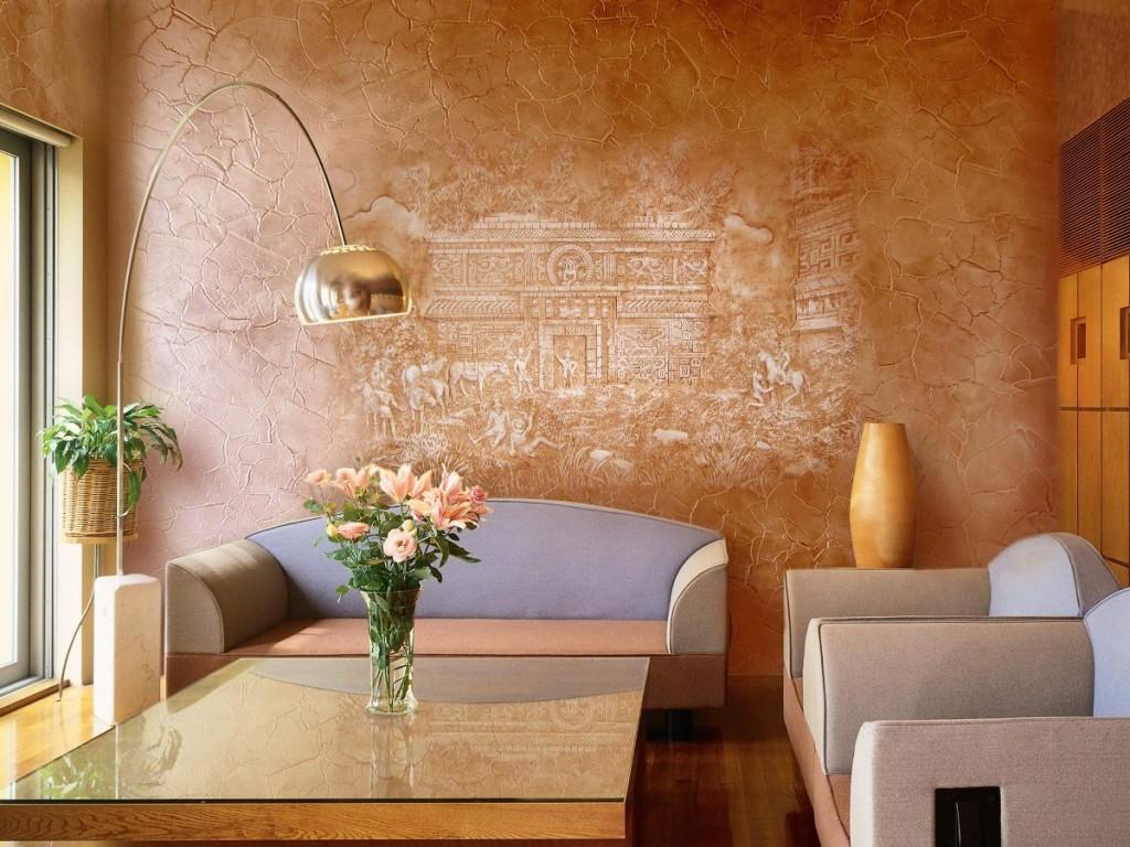 декоративная штукатурка на стене из кирпича