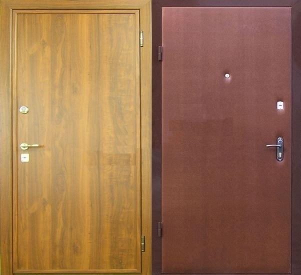 Два вида отделки двери