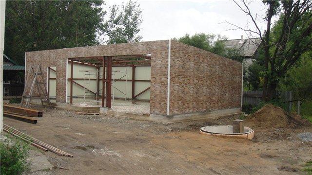 Стены гаража из сэндвич-панелей