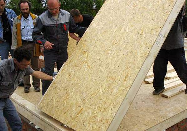 Сип панель для постройки гаража