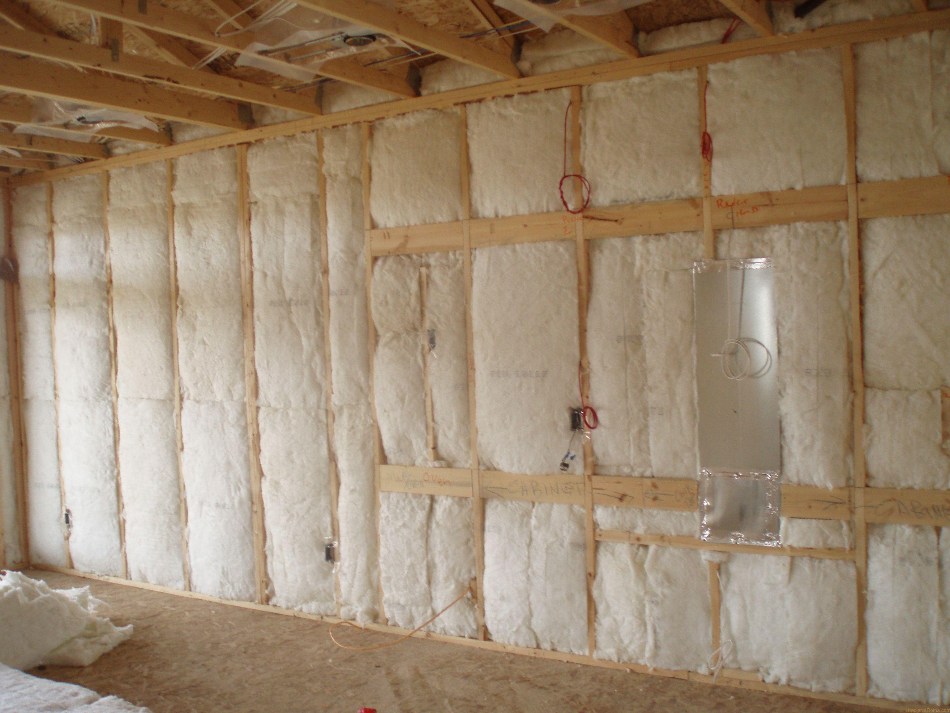 Утеплитель стен для каркасного гаража
