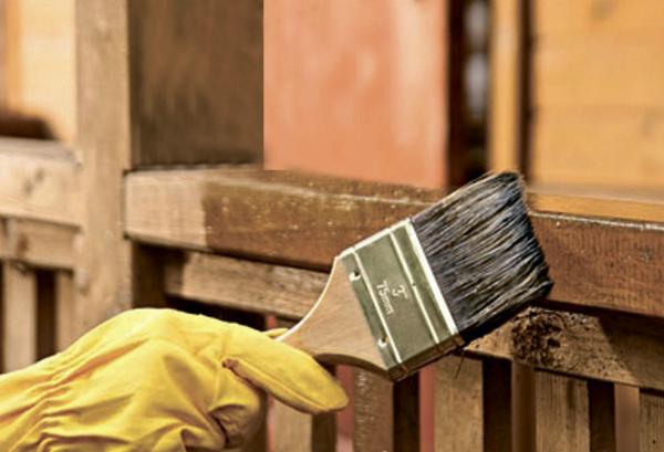 Защита конструкции дома грунтовочным составом