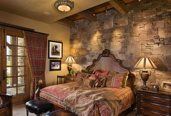 Оформление стен спальни искусственным камнем