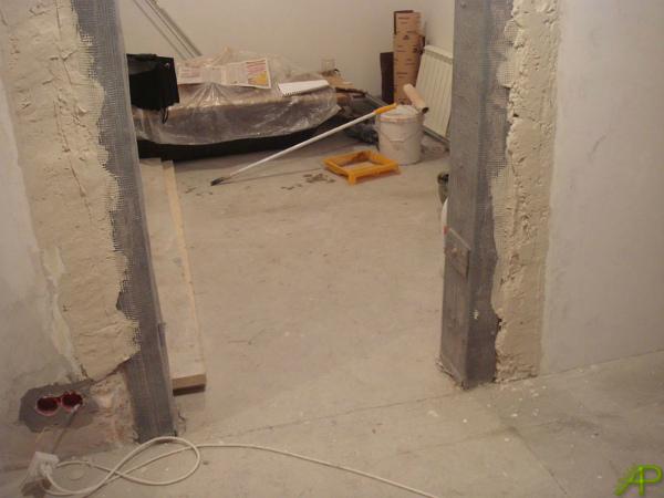 Расширение дверного проема несущей стены