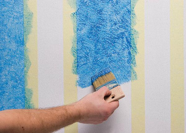 Вариант покраски обоев в два цвета