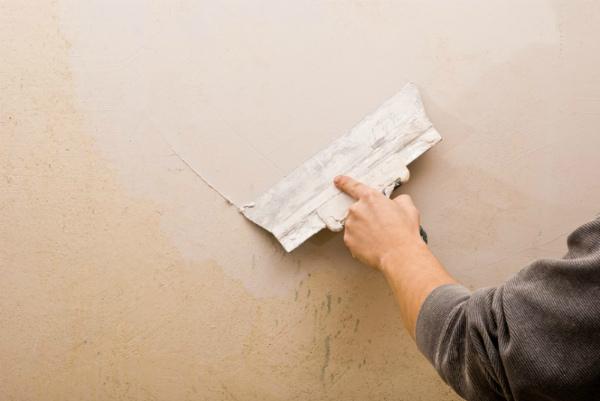 Шпаклевка бетонных стен масляно-клеевым составом