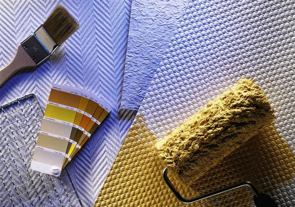 Подготовка материалов и инструментов к покраске стеклообоев