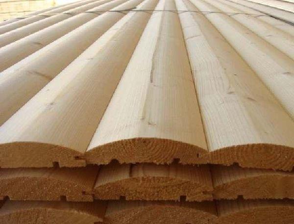 Блок-хаус изготавливается из дерева